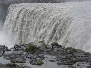 Dettifoss, ett av de högsta fallenfallen på Island, öster om Mývatn.